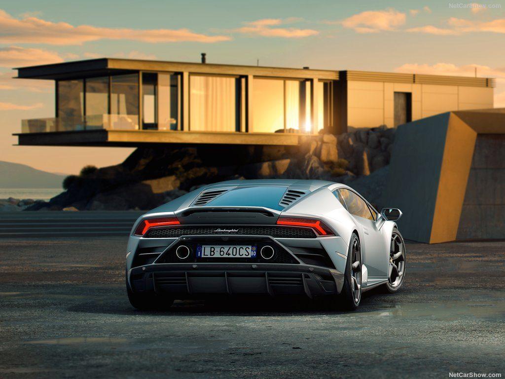 Lamborghini Huracan EVO 2019 tem 640 cv e vai dos 0 aos 100 km/h em 2,9 segundos