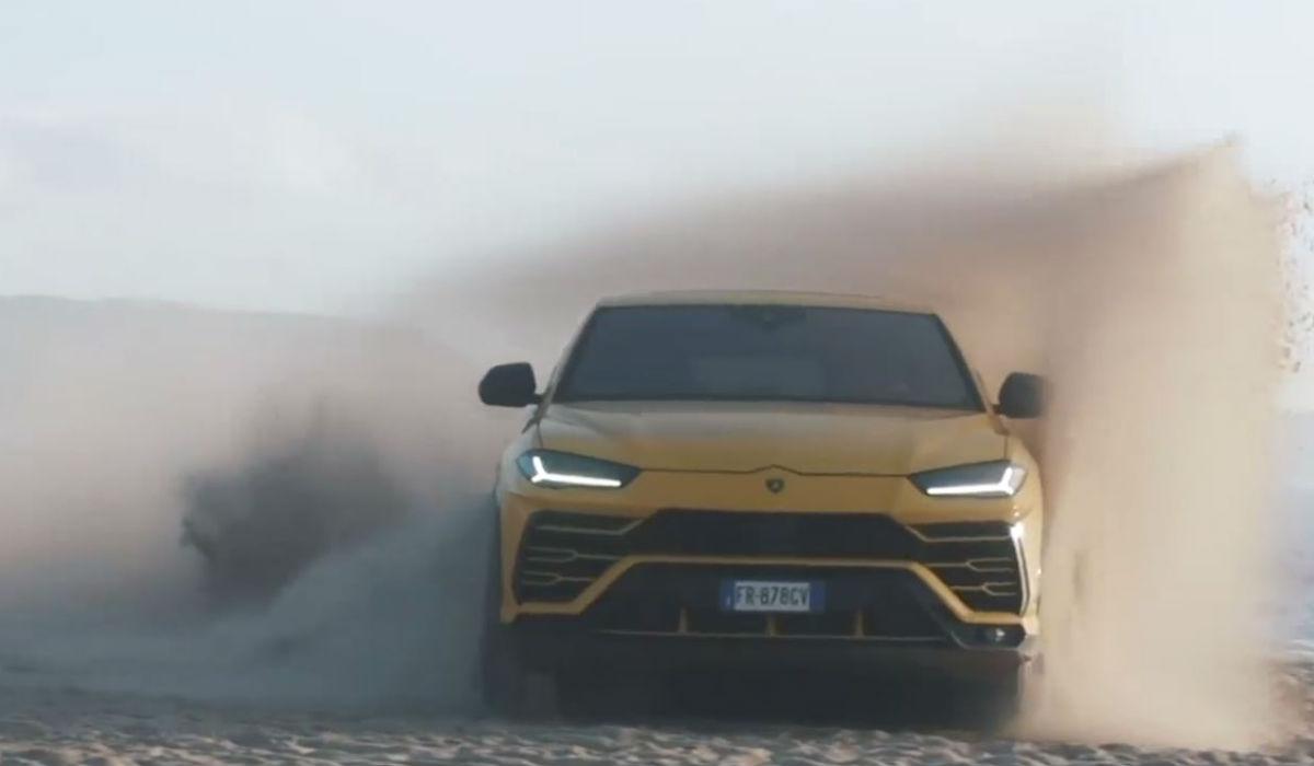 Lamborghini Urus mostra o que vale na areia da Nazaré