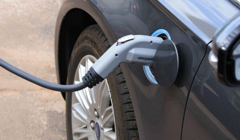 Portugal entre os países onde se vendem mais veículos elétricos