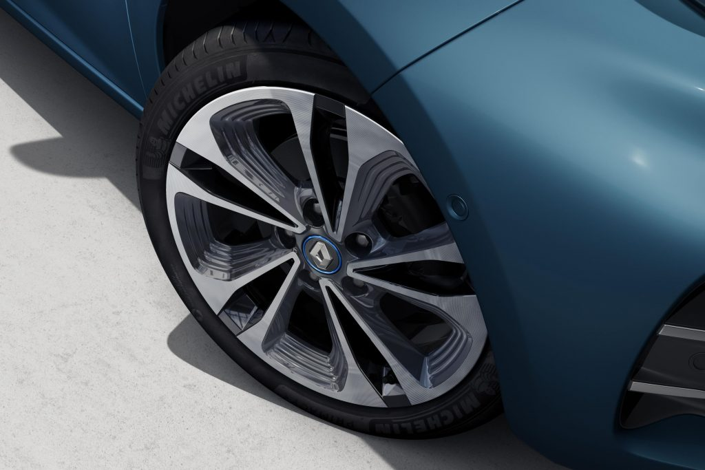 Novo Renault Zoe traz mais potência e autonomia