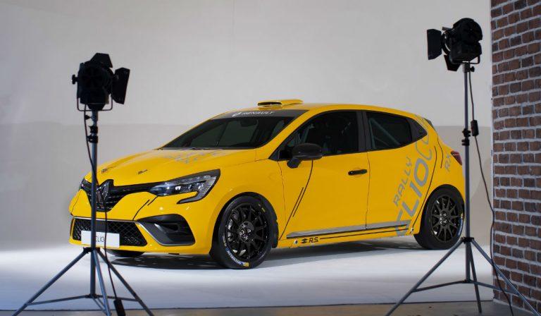 Novo Renault Clio já se preparou para a competição
