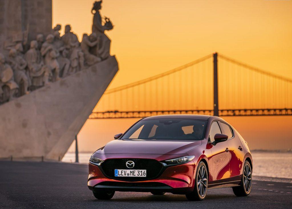 Mazda 3 é o primeiro a receber o revolucionário motor Skyactiv-X