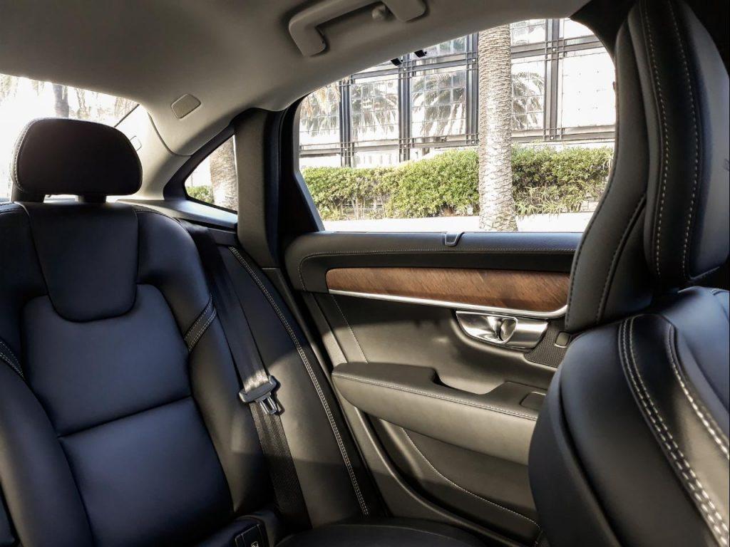 Volvo S90 T8 PHEV, performance que sabe ser eficiente