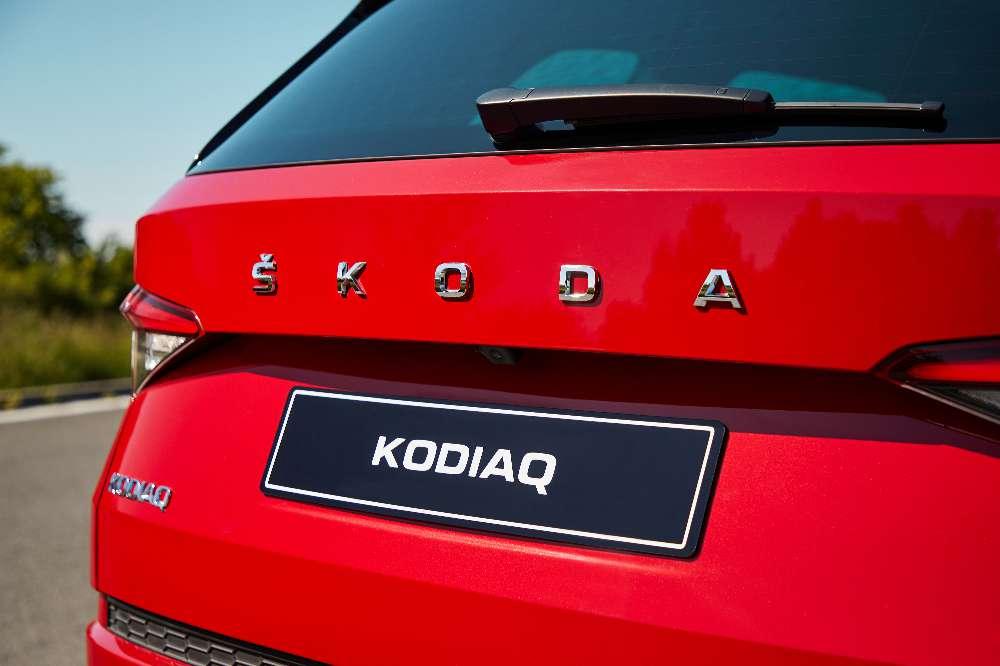 Skoda Karoq e Kodiaq recebem mais tecnologia e retocam imagem