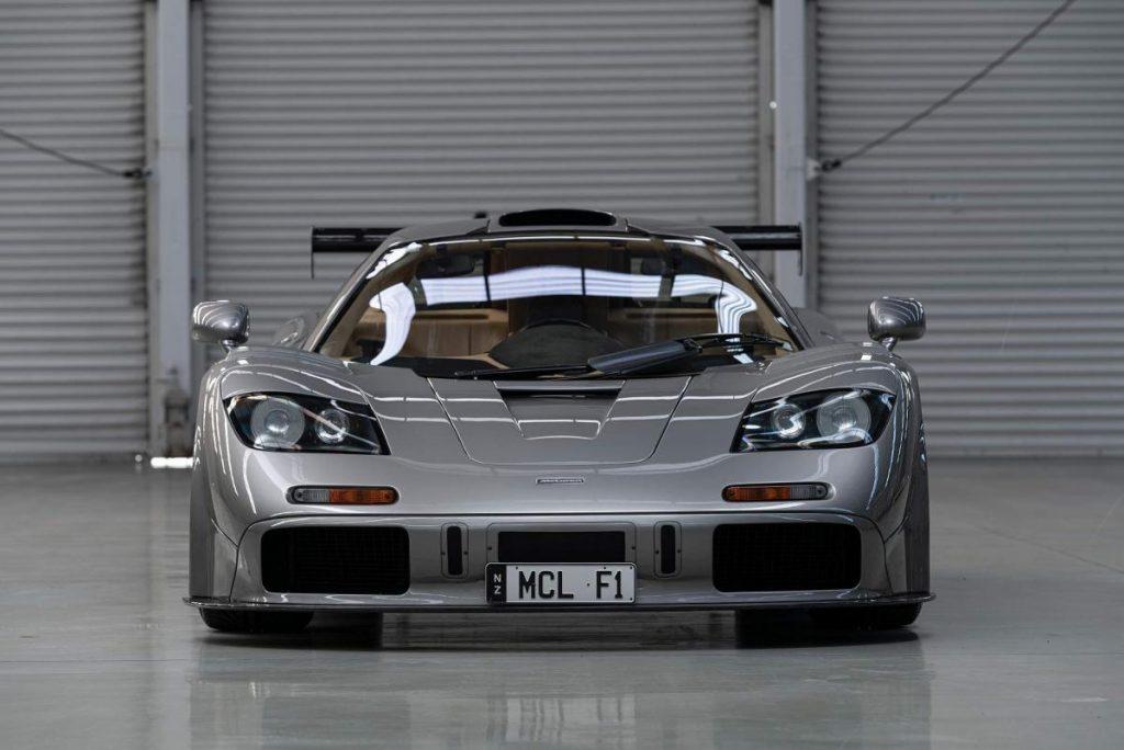 """McLaren F1 """"LM Specification"""", só há dois e um vai a leilão"""