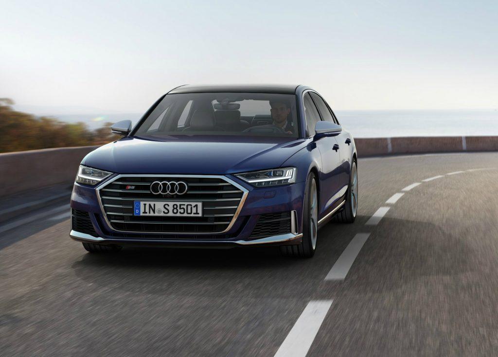 Audi S8 foge ao Diesel com um poderoso V8 de 571 cv