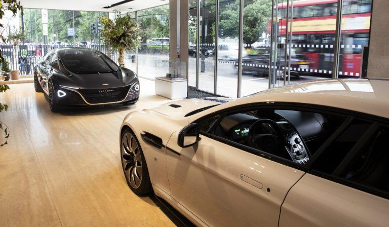 Aston Martin Lagonda e Rapide E expostos ao público em Londres