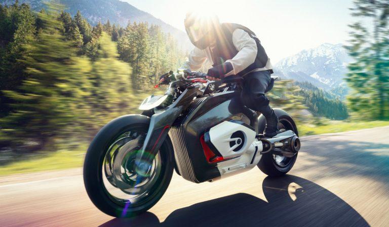 BMW apresenta primeira moto elétrica da marca