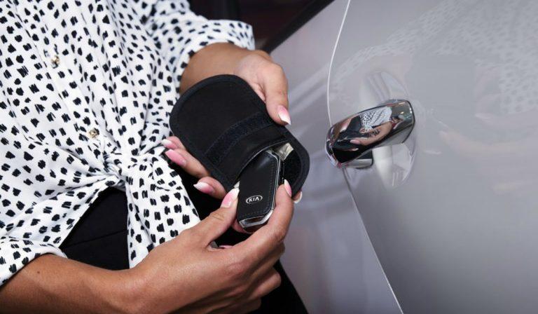 A bolsa que previne o roubo de carros através da clonagem das chaves
