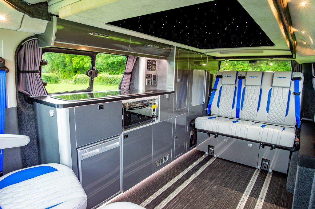Ford Transit transformada pela MS-RT numa campervan desportiva