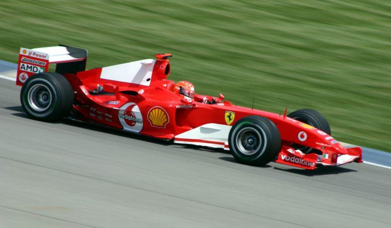 Mick Schumacher conduz monolugar em que o pai se sagrou campeão