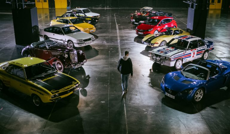 Opel comemora 120 anos de produção automóvel