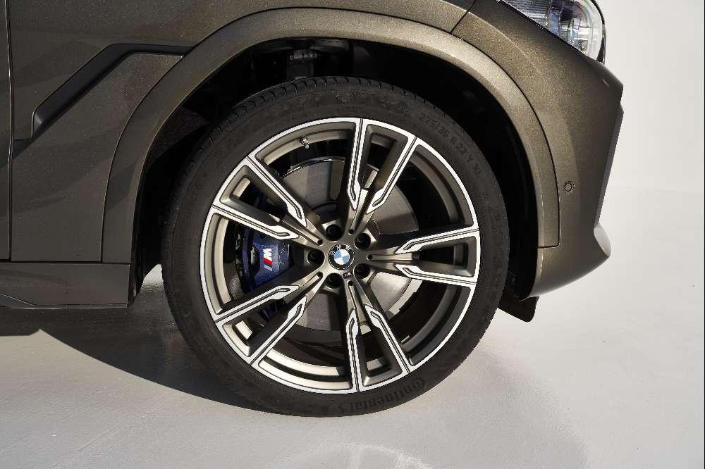 BMW X6 atualiza imagem e motores