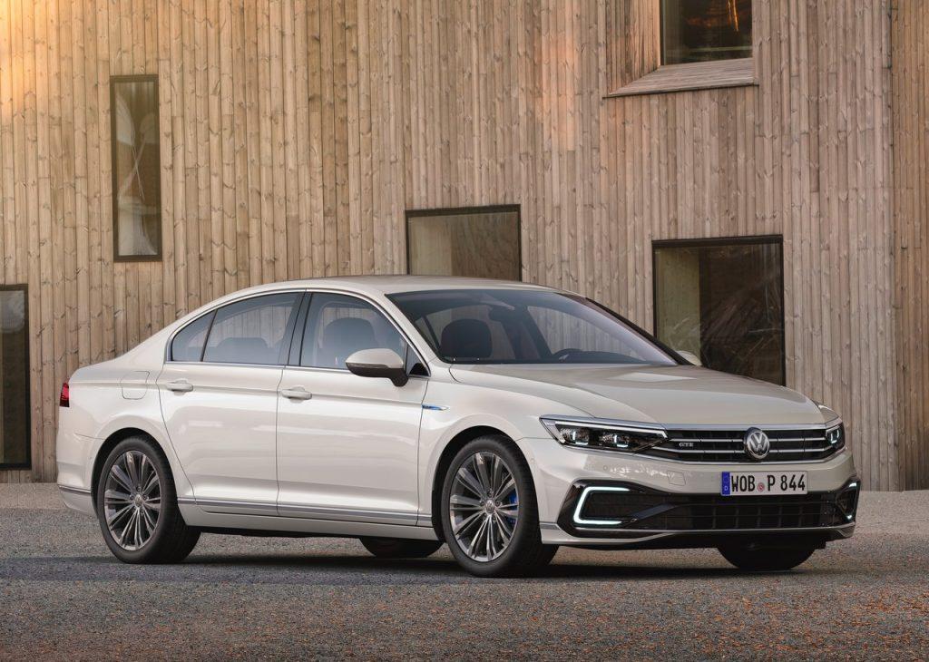 Volkswagen Passat renova-se e chega ao mercado em setembro