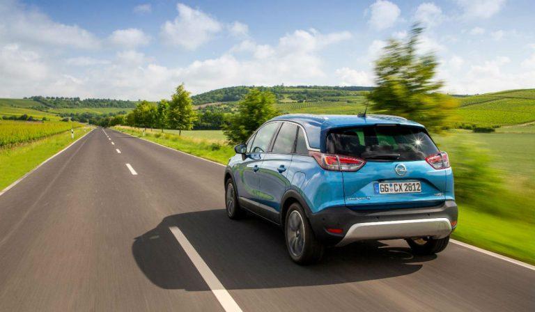 Opel Crossland X, versão mais potente recebe caixa automática