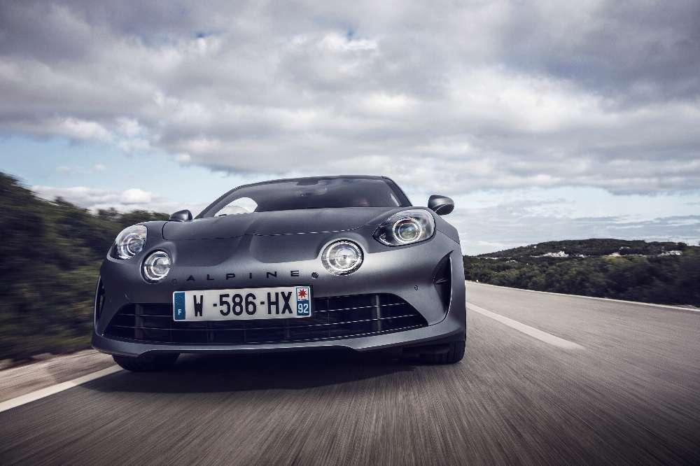 Alpine A110S, a versão mais feroz do mítico desportivo começa nos 76 300€