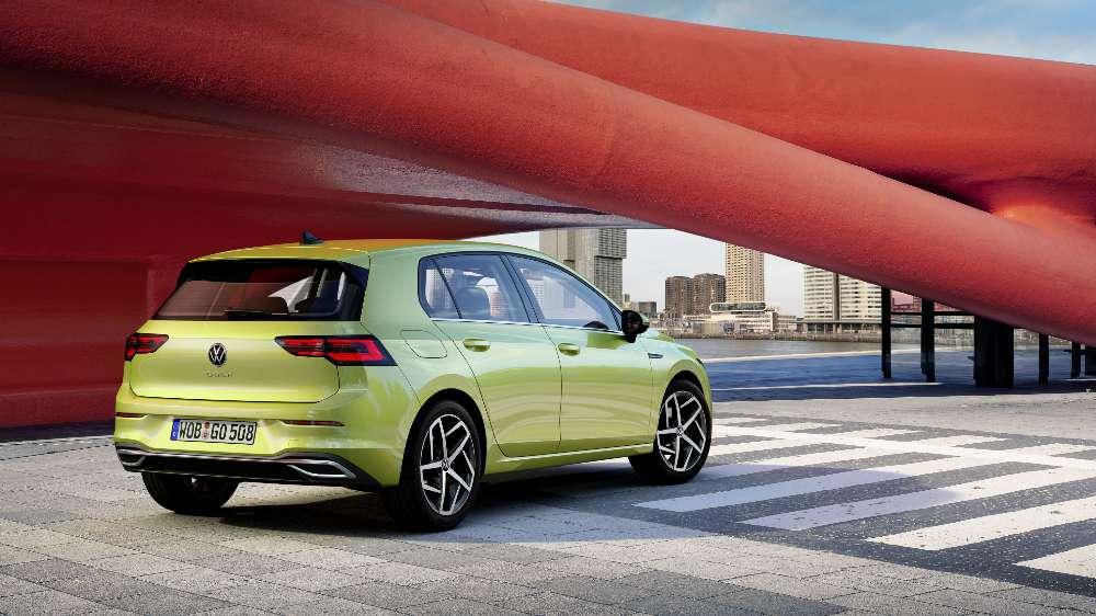 Novo Volkswange Golf está mais digital e aposta em versões híbridas