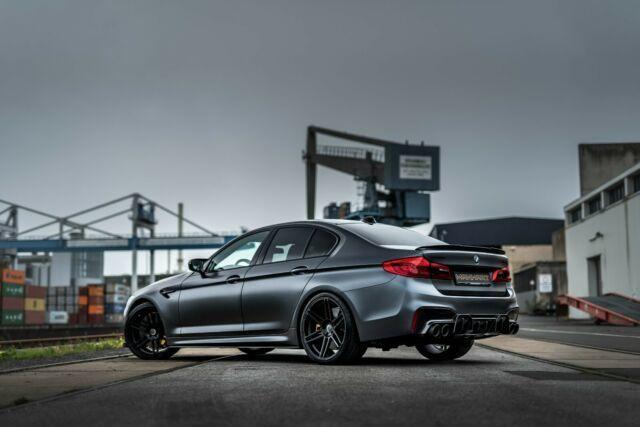Raro BMW M5 modificado pela Manhart tem mais de 800 cv e está à venda
