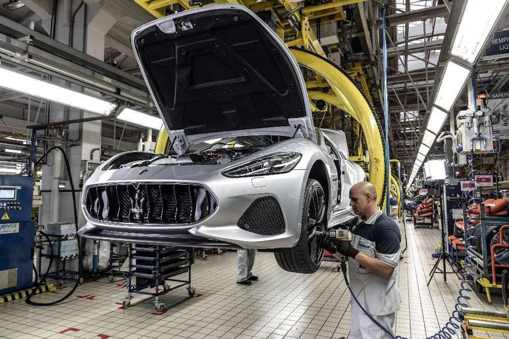 Maserati termina produção do GranTurismo com criatividade… e cores