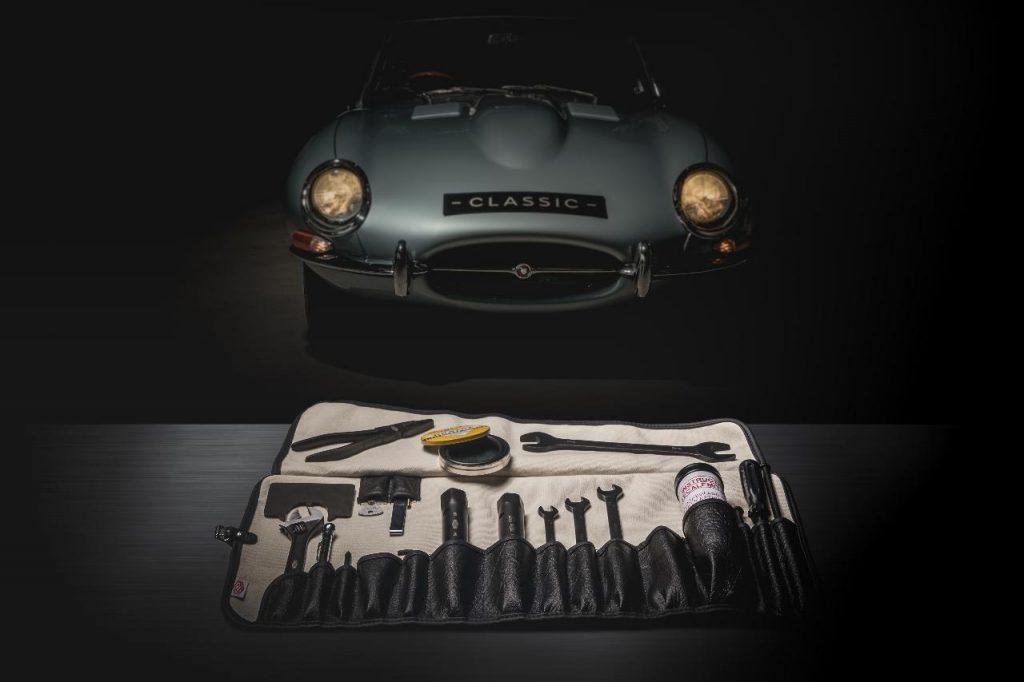 Jaguar Classic reproduz ferramentas originais do E-Type