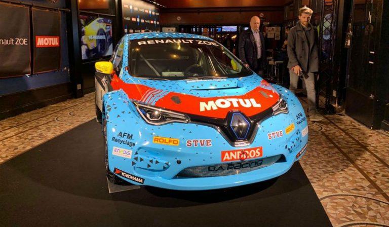 Renault Zoe é nova arma elétrica de 340 cv para as corridas no gelo