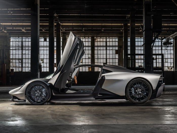 Estes são os veículos que vão entrar no próximo filme de James Bond