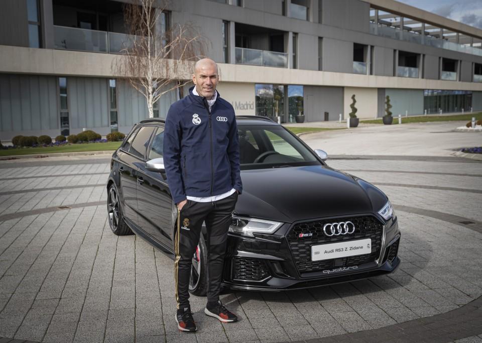 Audi deu prendas de Natal ao Real Madrid e Zidane escolheu um desportivo
