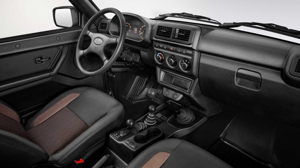 Lada Niva 4x4 não desiste e atualiza-se para 2020