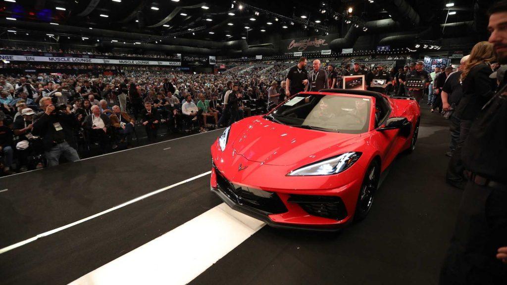 Novo Corvette Stingray vendido por quantia extraordinária em leilão