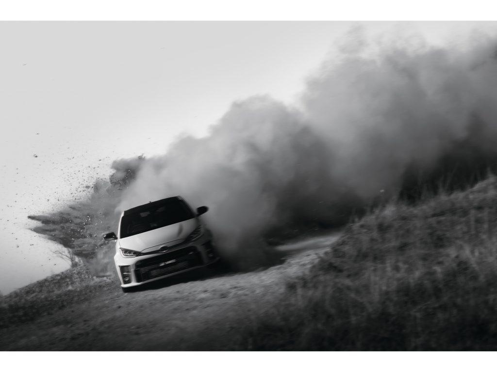 Toyota GR Yaris eleva a fasquia e chega com 261 cavalos