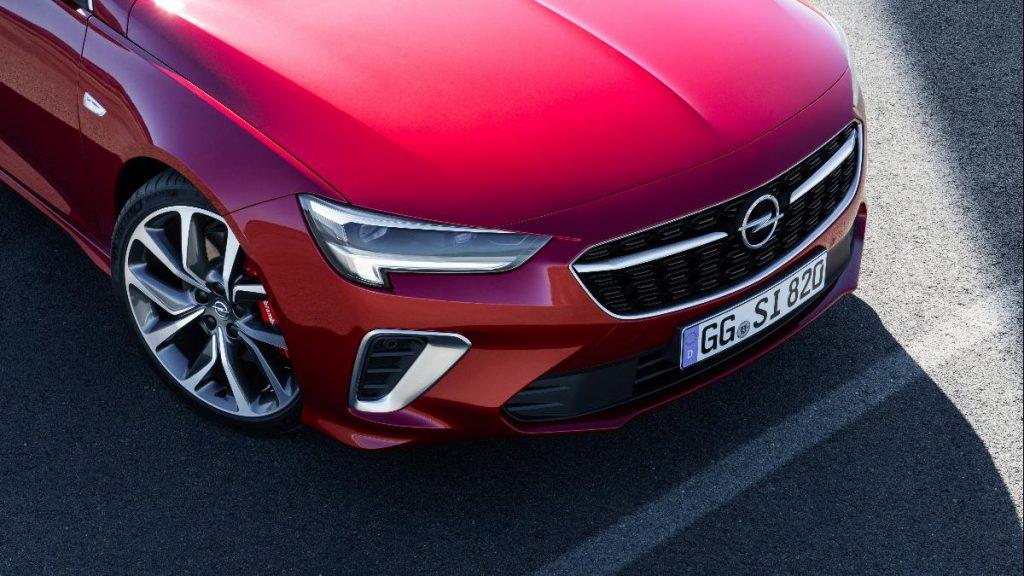 Opel atualiza Insignia GSi com um novo motor