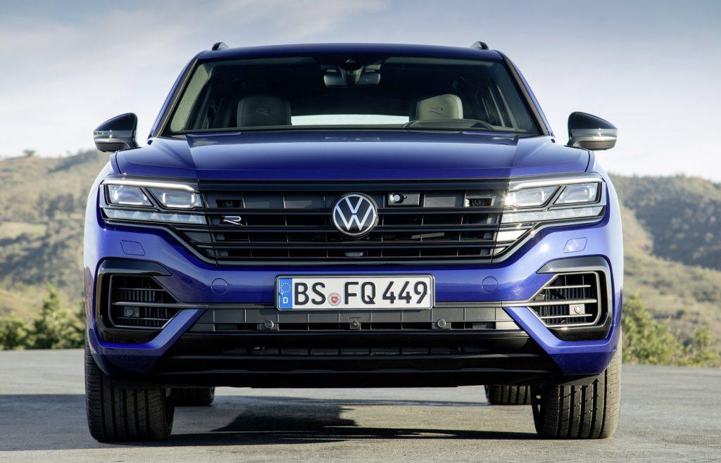 Volkswagen Touareg R estreia motor eletrificado e chega aos 462 cavalos