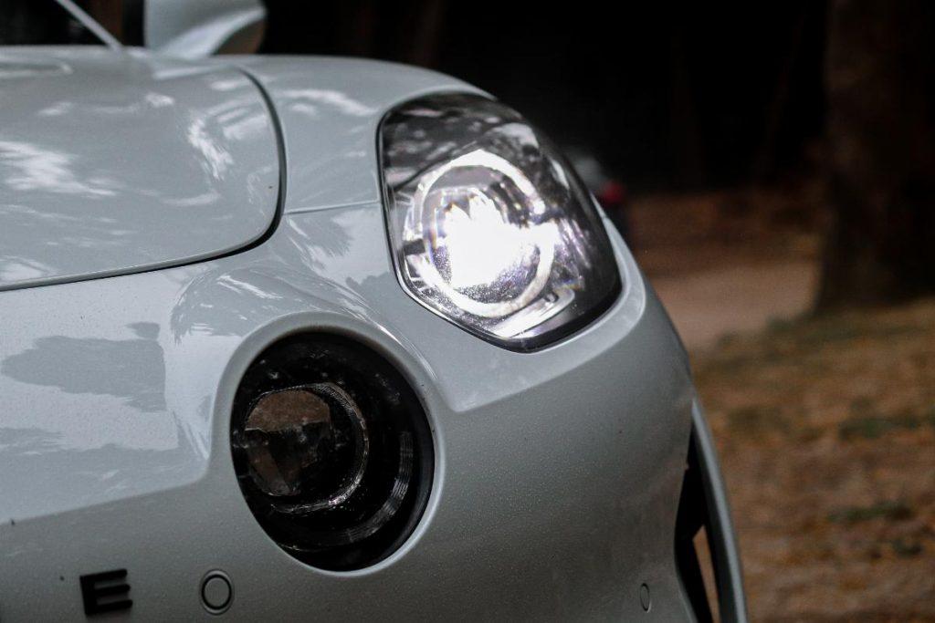 Alpine A110S, o desportivo puro e duro com a elegância do passado