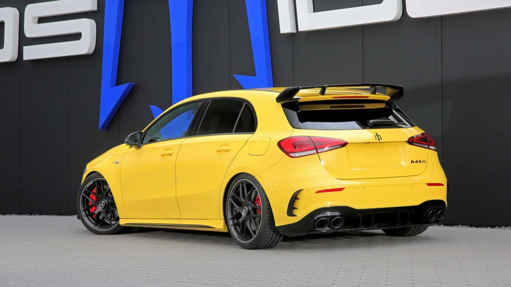 Mercedes-AMG A45 modificado supera os 300 km/h