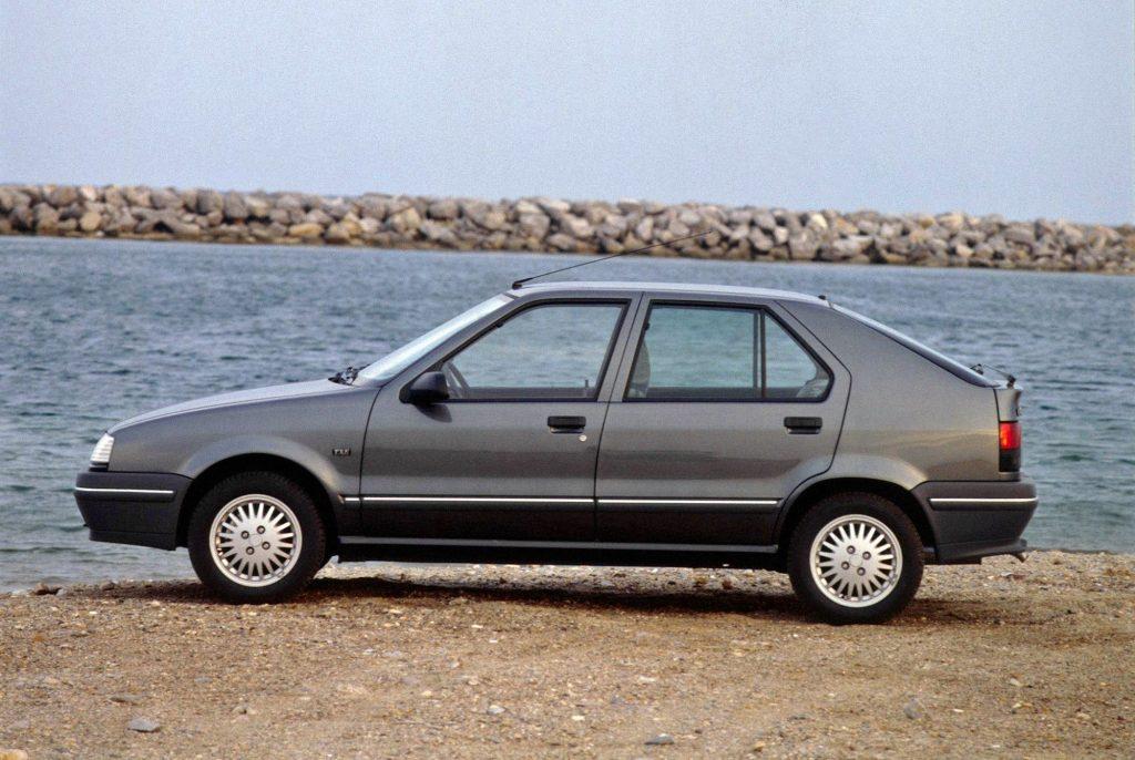 Renault 19, o último modelo da marca a ser nomeado com números