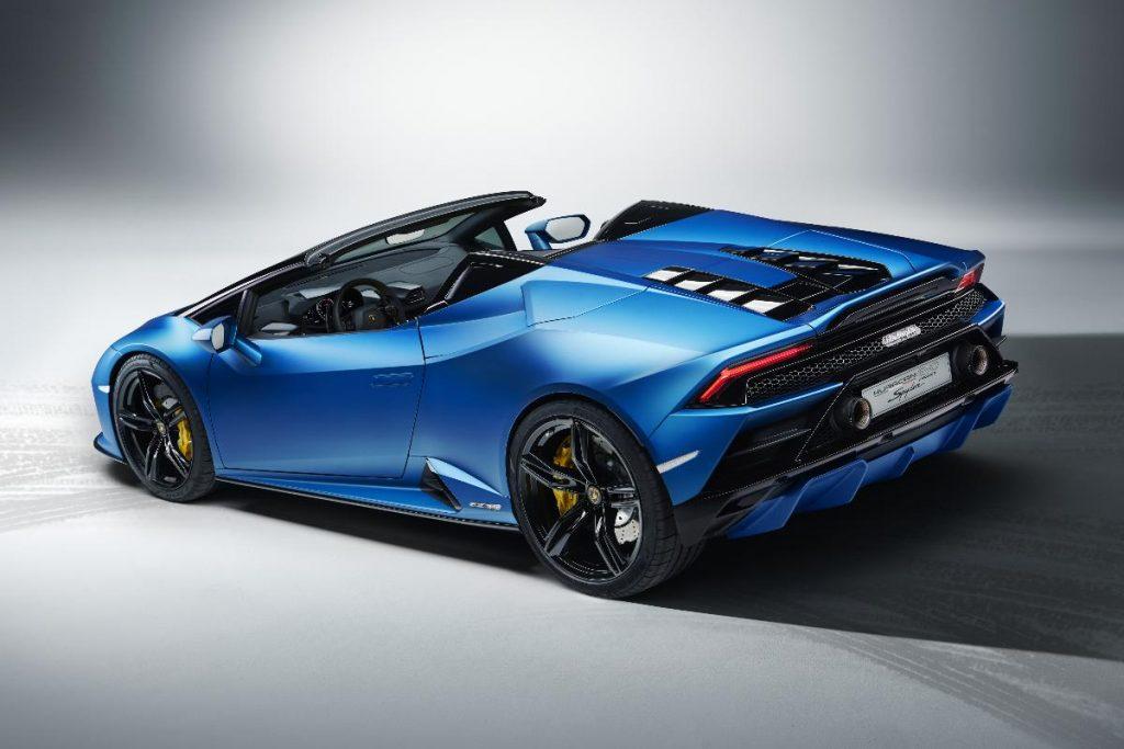 Huracan Evo RWD Spyder, o Lamborghini da tração traseira e dos cabelos ao vento