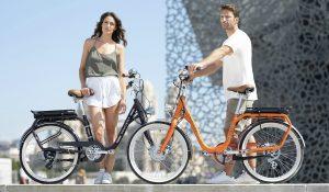 Peugeot lança bicicleta elétrica com estilo retro a pensar num determinado tipo de pessoa