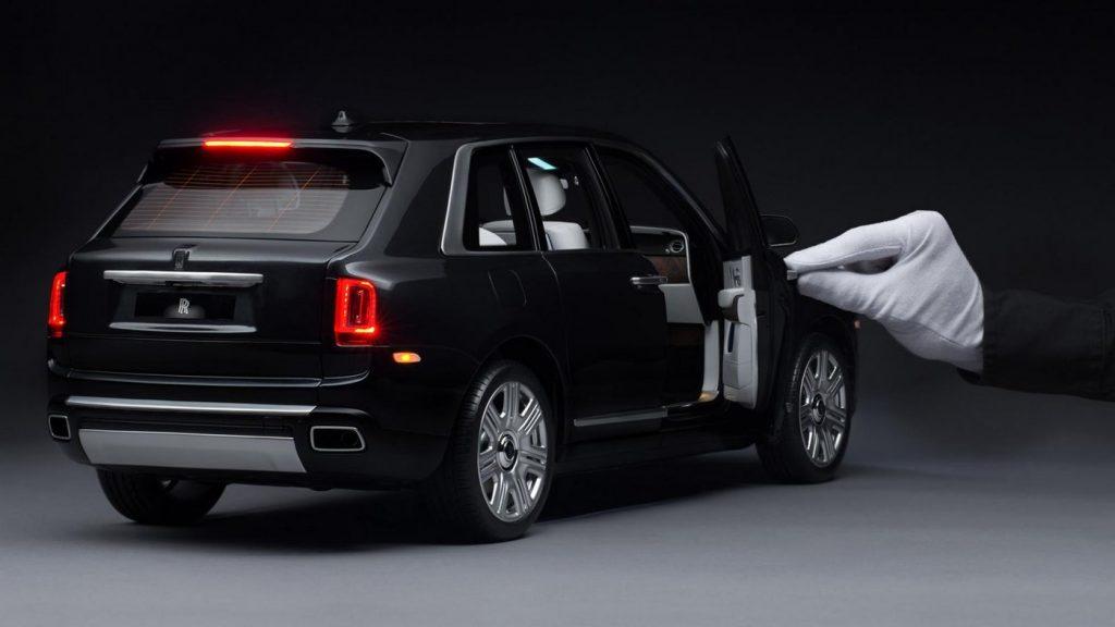Rolls-Royce de 33 mil euros tem especial atenção a todos os detalhes