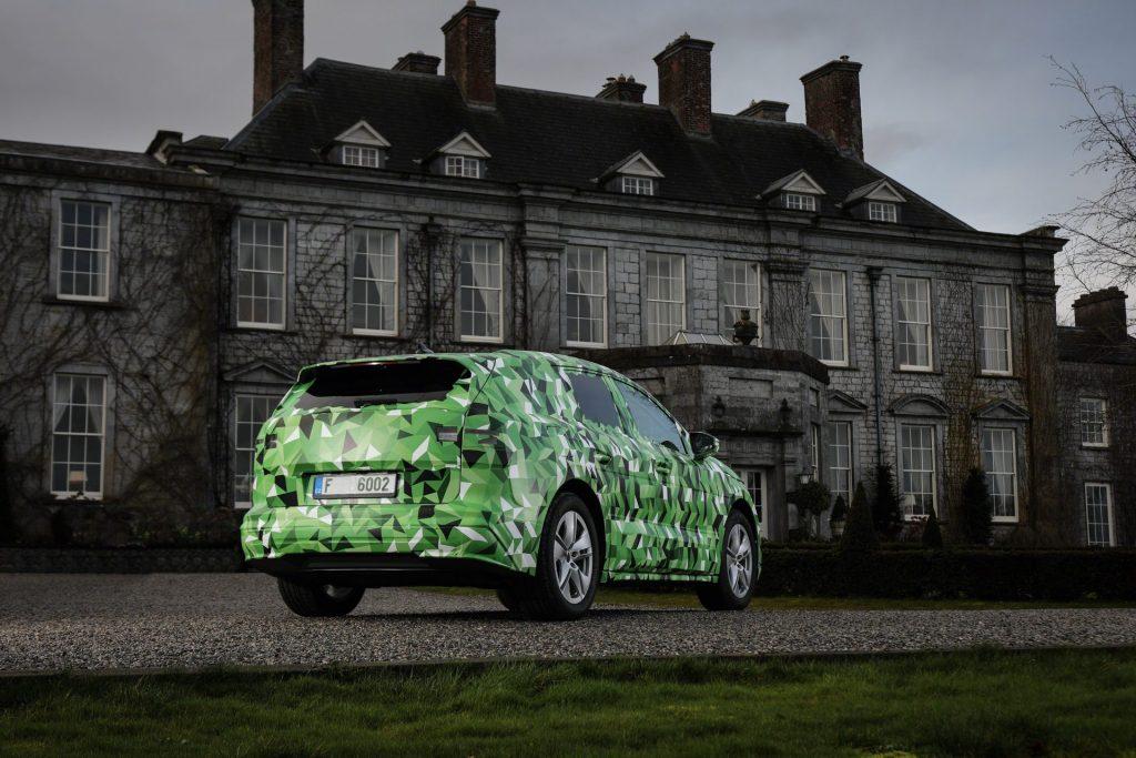 Skoda Enyaq iV, o SUV elétrico que vai ser o carro mais potente de sempre da marca