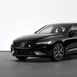Versão híbrida plug-in do Volvo S60 chega a Portugal