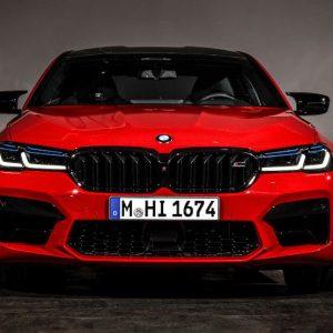BMW M5 chega com nova afinação de chassis e mudanças ligeiras