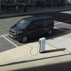 Novo Peugeot e-Traveller, dos nove lugares ao motor elétrico há muito por descobrir