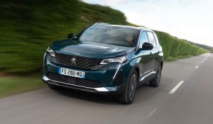 Peugeot 5008, o SUV onde cabe toda a família entra em 2021 de cara lavada