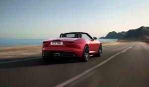 Jaguar F-Type renova-se com versão mais luxuosa