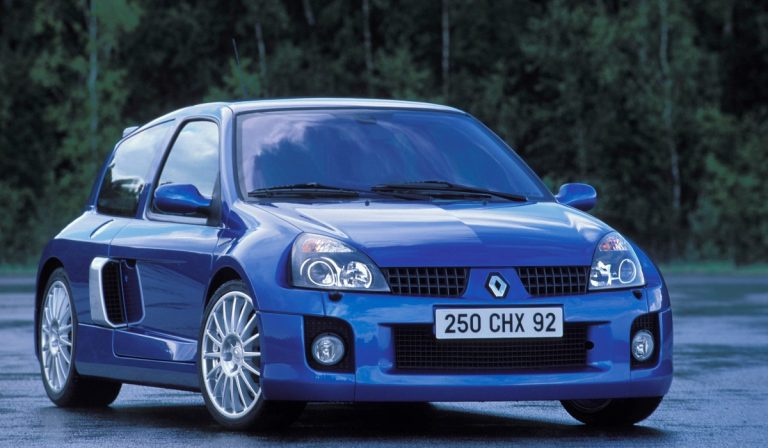 Renault CLIO V6, o clássico desportivo dos tempos modernos
